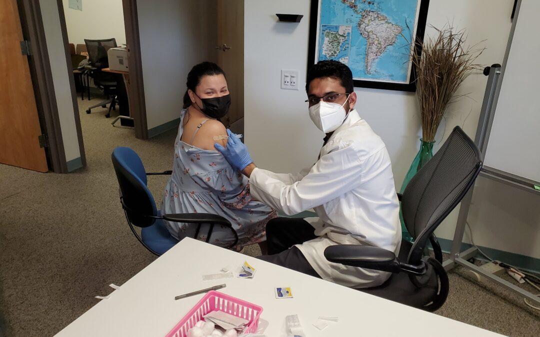 El Futuro COVID vaccination campaign
